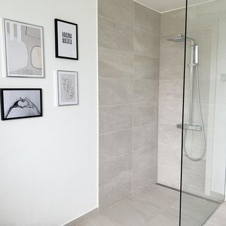 Bathroom / Washroom Design / Decoration (#118645)