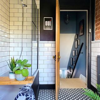 Small Tiny Bathroom / Washroom Design / Decoration (#125137)