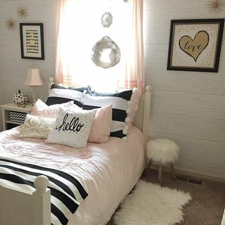 Bed Room Design / Decoration (#56540)