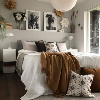 Modern Bed Room Design / Decoration (#36349)