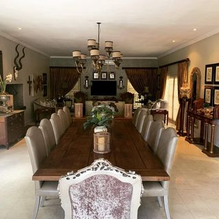 Small Silver Dining Room Design / Decoration (#109706)