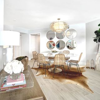 Small Big Kids Adult Dining Room Design / Decoration (#33720)