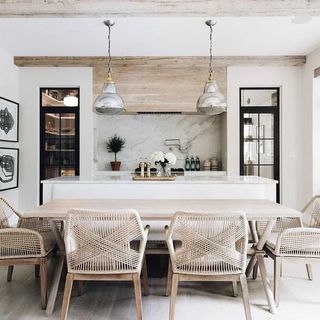 Dining Room Design / Decoration (#126733)