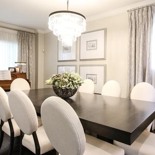 Simple Dining Room Design / Decoration (#113586)