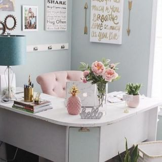 Small Home Office Design / Decoration (#128462)