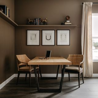 Small Big Home Office Design / Decoration (#104233)