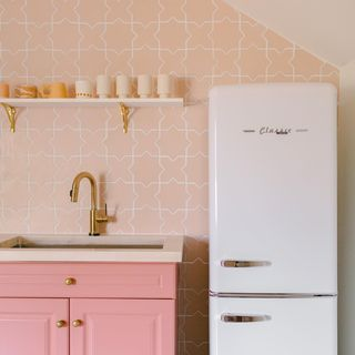 Pink Kitchen Design / Decoration (#121863)