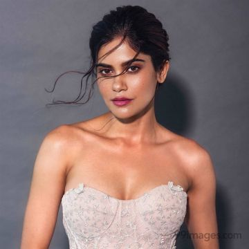 Aditi Sudhir Pohankar Hot HD Photos & Wallpapers for mobile (1080p)