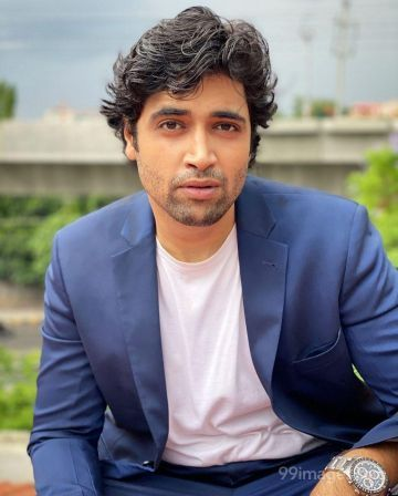 Adivi Sesh Latest Photos & HD Wallpapers (1080p)
