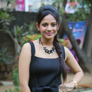 Aishwarya Dutta Cute HD Photos (1080p)