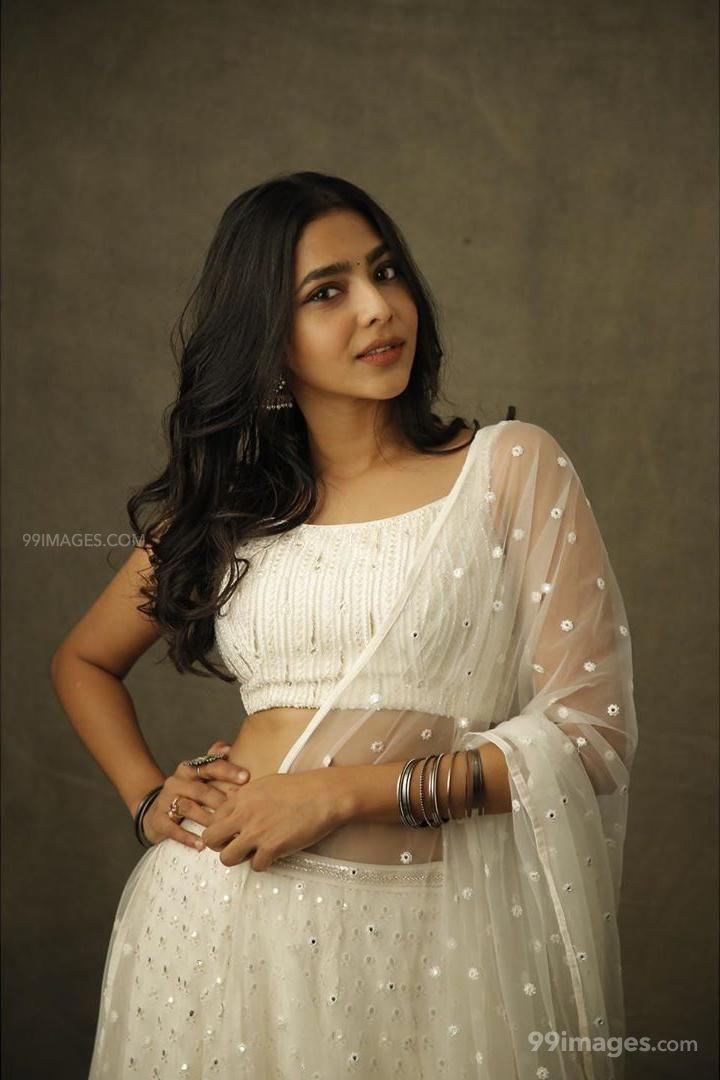Aishwarya Lekshmi Beautiful Hot HD Photoshoot Images / Wallpapers (1080p) (168409) - Aishwarya Lekshmi