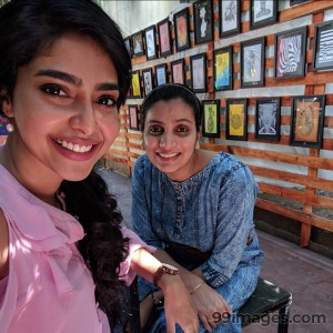 Aishwarya Lekshmi Latest HD Photos / Mobile Wallpapers (1080p) - #17057