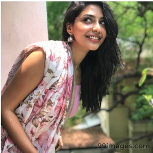 Aishwarya Lekshmi Latest HD Photos / Mobile Wallpapers (1080p) - #17060