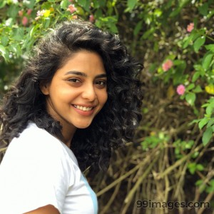 Aishwarya Lekshmi Latest HD Photos / Mobile Wallpapers (1080p) - #17062