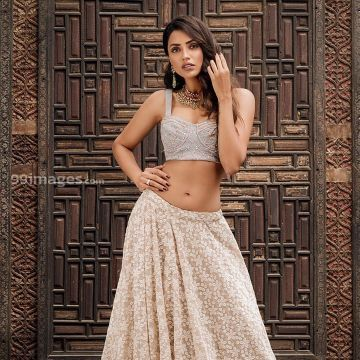 Akshara Gowda Hot HD Photos & Wallpapers for mobile (1080p) - #30762