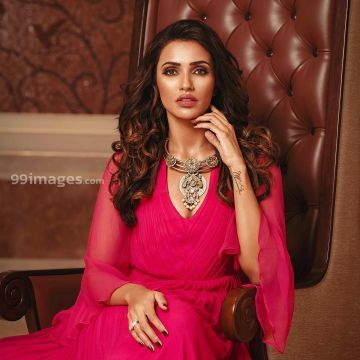 Akshara Gowda Hot HD Photos & Wallpapers for mobile (1080p) - #30756
