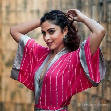 Amala Paul Beautiful Hot HD Photos & Mobile Wallpapers HD (Android/iPhone) (1080p)
