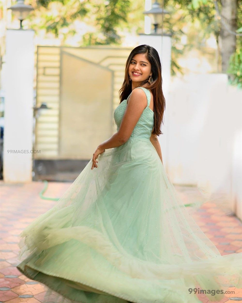 Amritha Aiyer Hot Beautiful HD Photoshoot Photos / Wallpapers (1080p) (513761) - Amritha Aiyer