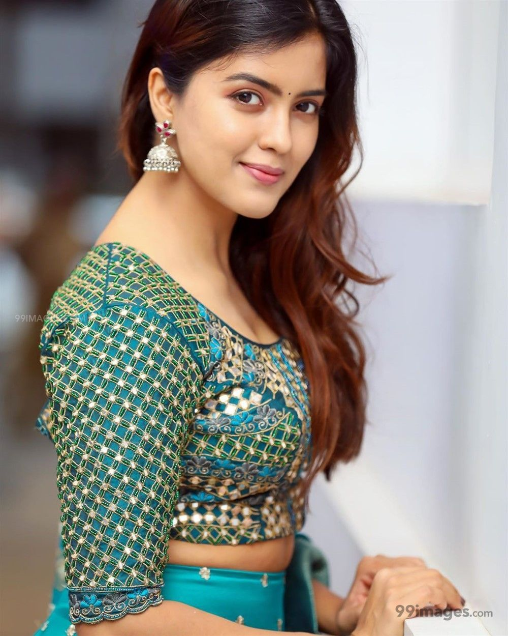 Amritha Aiyer Hot Beautiful HD Photoshoot Photos / Wallpapers (1080p) (513767) - Amritha Aiyer