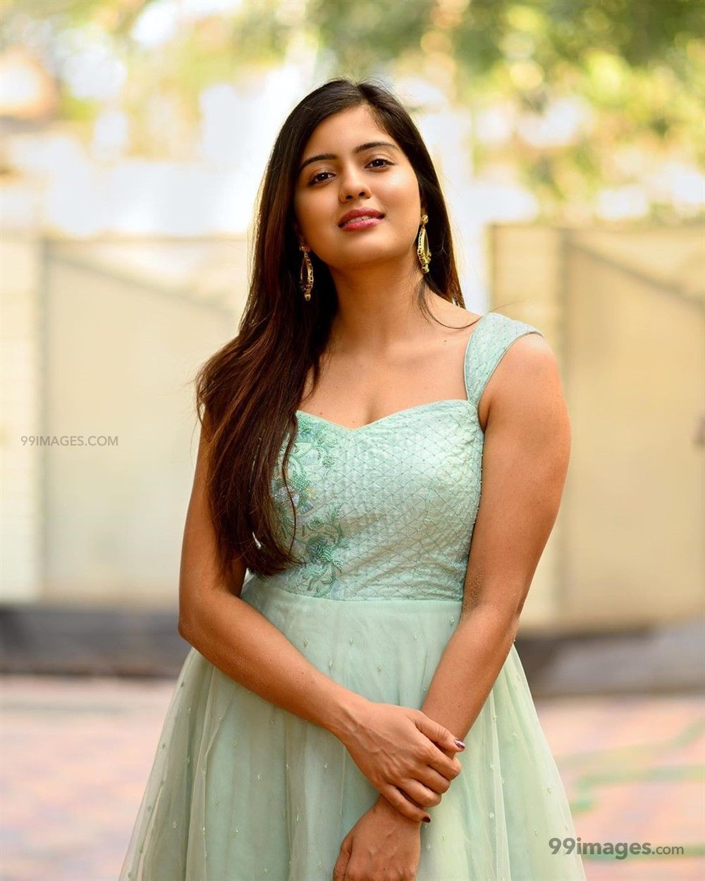 Amritha Aiyer Hot Beautiful HD Photoshoot Photos / Wallpapers (1080p) (513754) - Amritha Aiyer