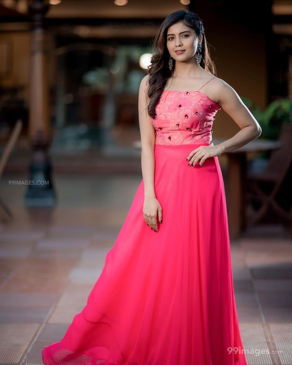 Amritha Aiyer Hot Beautiful HD Photoshoot Photos / Wallpapers (1080p) (513753) - Amritha Aiyer