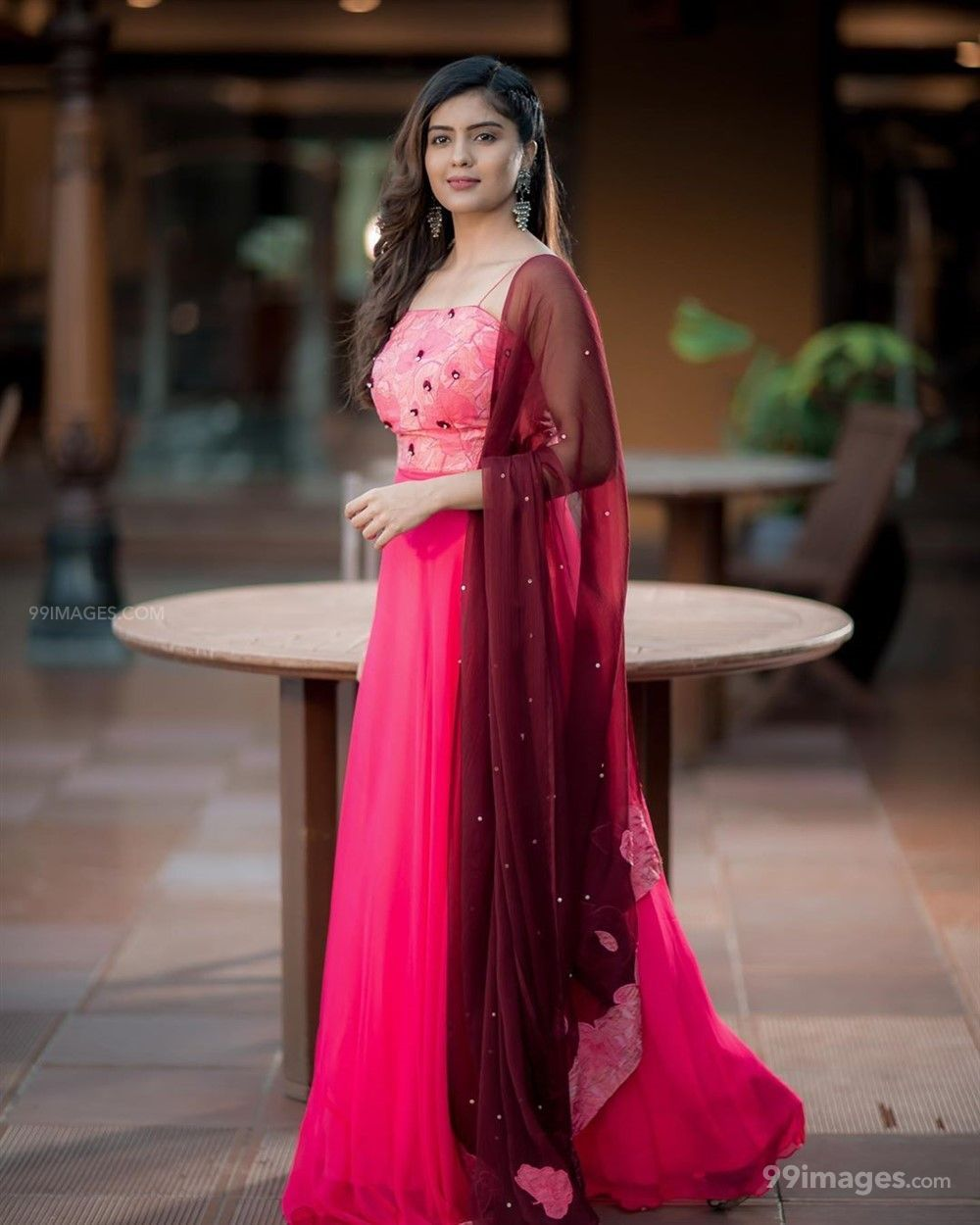 Amritha Aiyer Hot Beautiful HD Photoshoot Photos / Wallpapers (1080p) (513759) - Amritha Aiyer