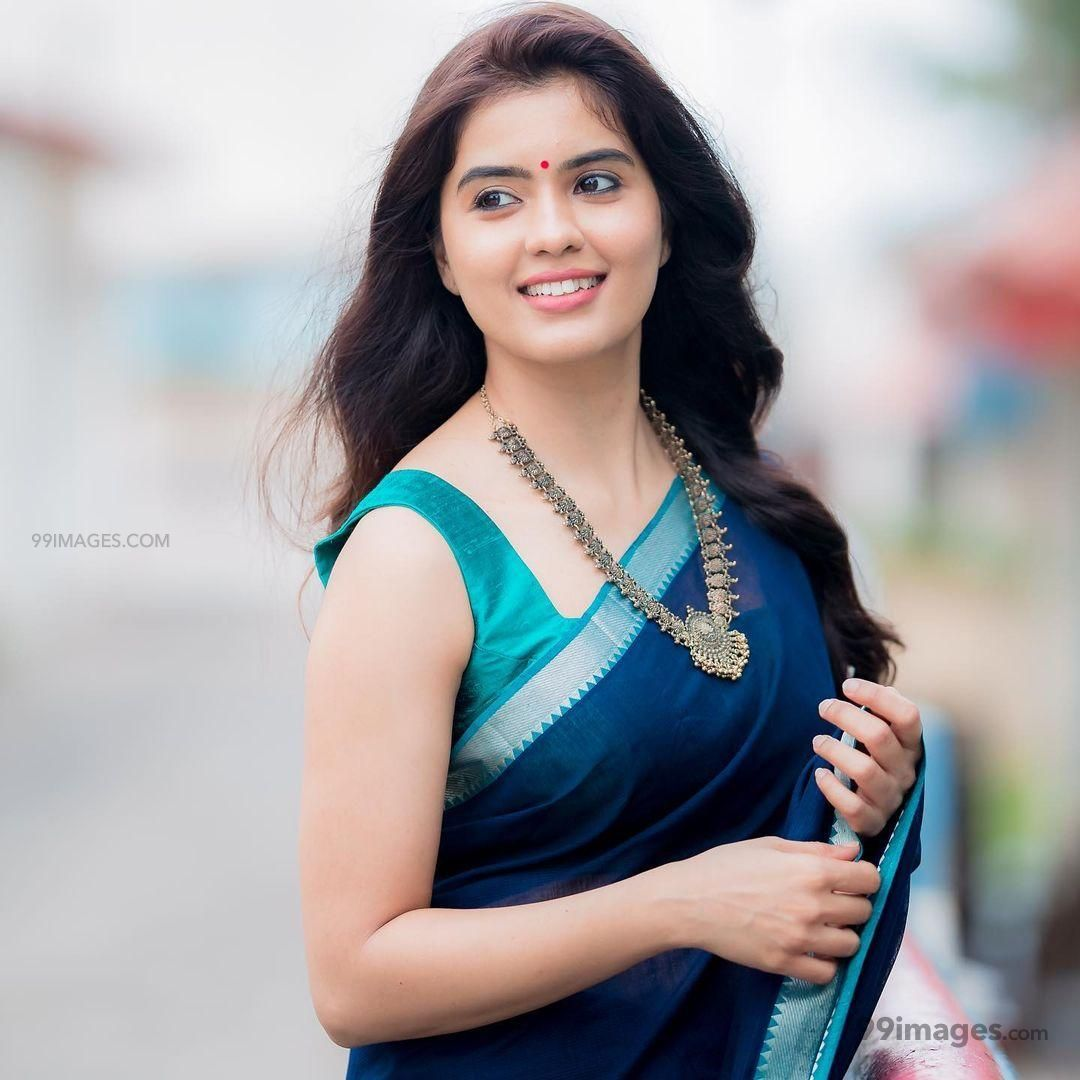 Amritha Aiyer Latest Hot Beautiful HD Photos / Wallpapers (1080p) (629655) - Amritha Aiyer