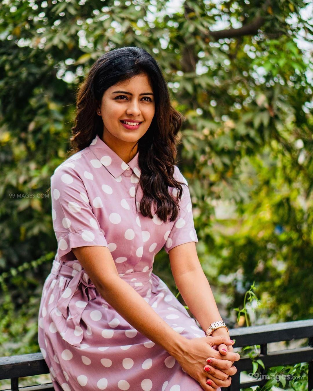 Amritha Aiyer Latest Hot Beautiful HD Photos / Wallpapers (1080p) (517173) - Amritha Aiyer