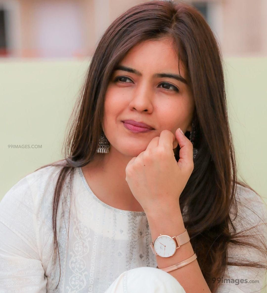 Amritha Aiyer Latest Hot Beautiful HD Photos / Wallpapers (1080p) (646813) - Amritha Aiyer