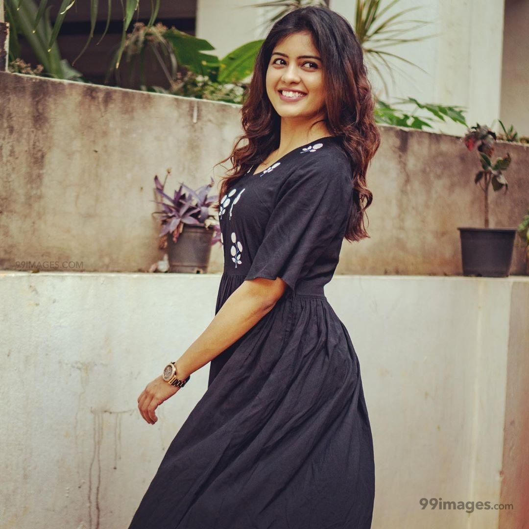 Amritha Aiyer Latest Hot Beautiful HD Photos / Wallpapers (1080p) (531451) - Amritha Aiyer