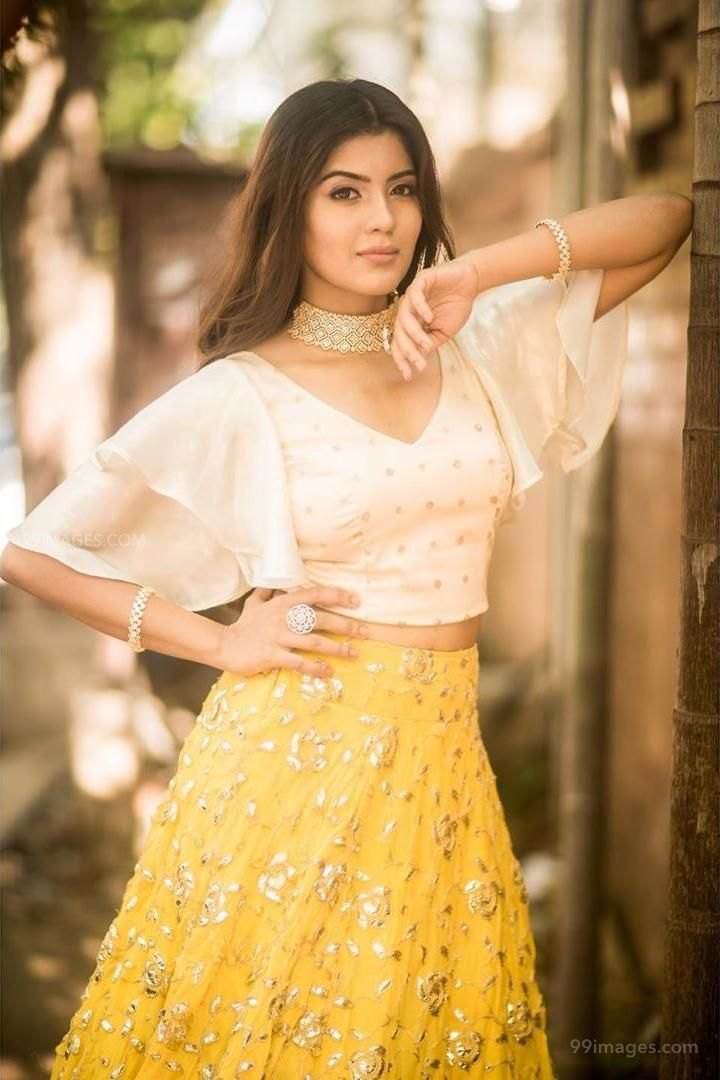 Amritha Aiyer Latest Hot Beautiful HD Photos / Wallpapers (1080p) (132732) - Amritha Aiyer