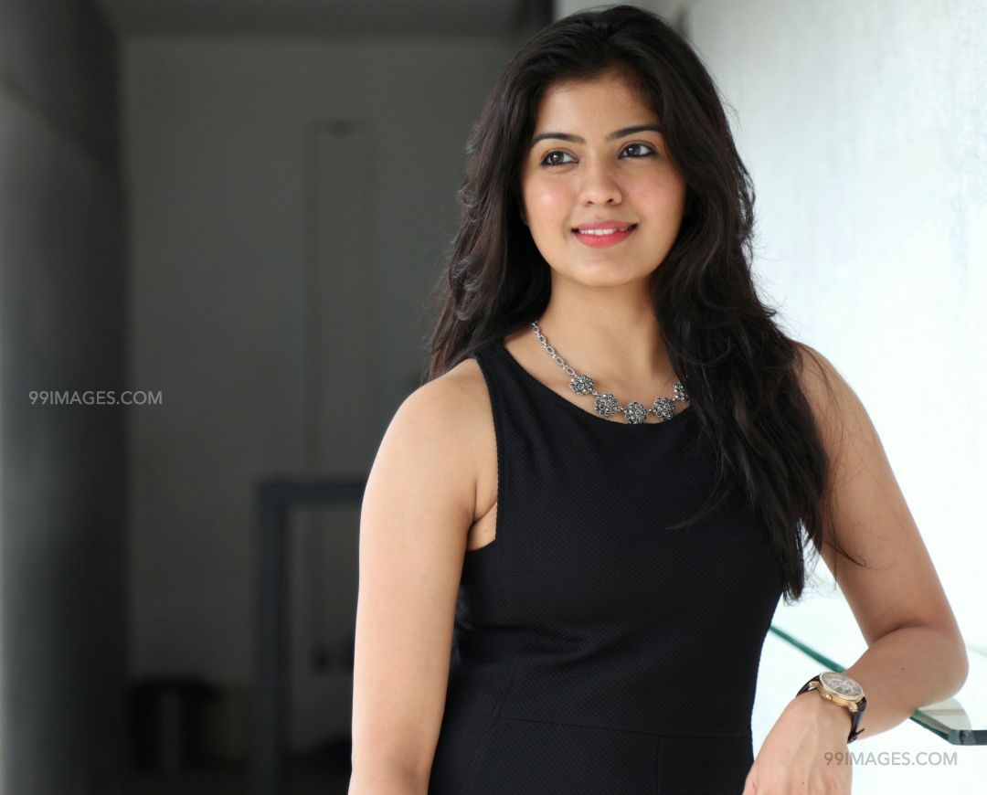 Amritha Aiyer Latest Hot Beautiful HD Photos / Wallpapers (1080p) (48198) - Amritha Aiyer