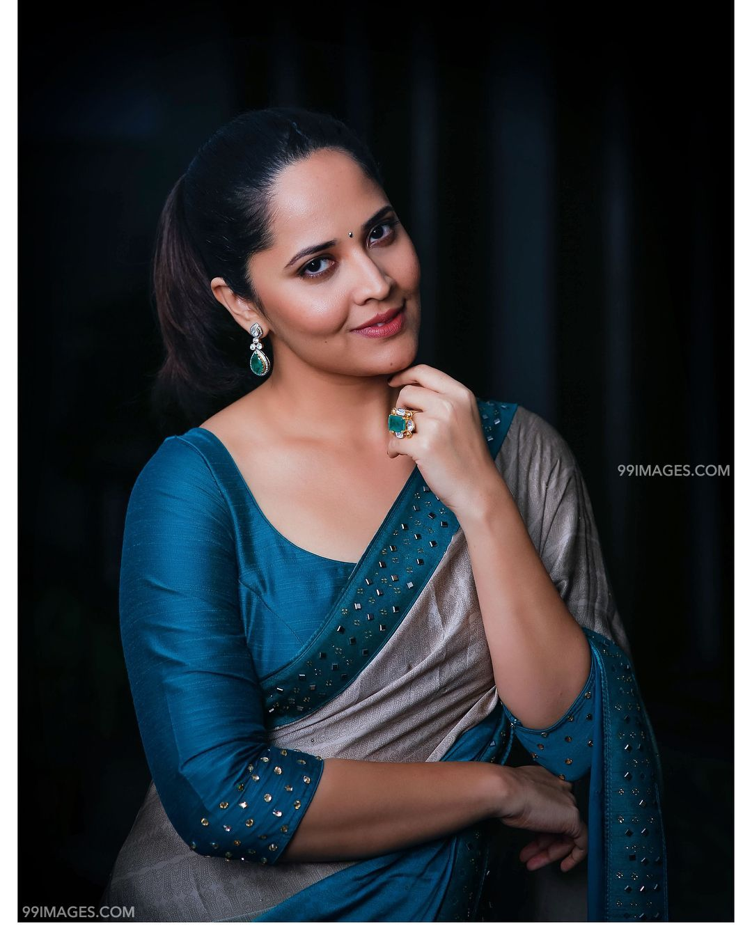 Anasuya Bharadwaj Beautiful HD Photos & Mobile Wallpapers HD (Android/iPhone) (1080p) (31568) - Anasuya Bharadwaj