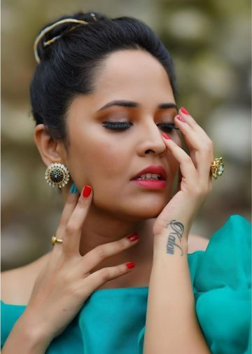 Anasuya Bharadwaj Hot Beautiful HD Photos & Mobile Wallpapers HD (Android/iPhone) (1080p)