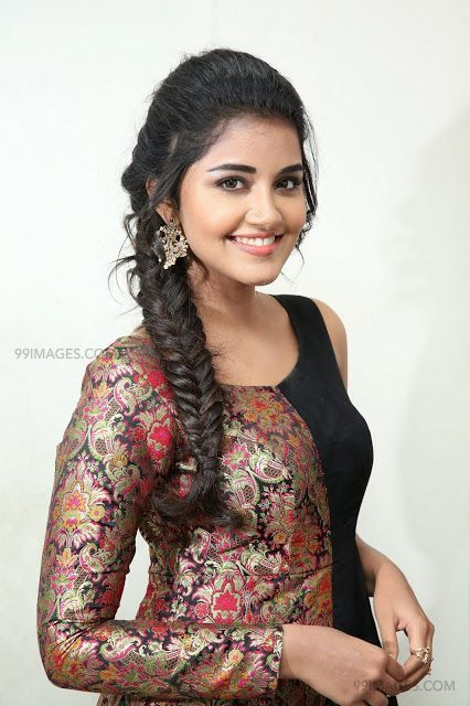 Anupama Parameswaran Beautiful HD Photoshoot Stills & Mobile Wallpapers HD (1080p) (35049) - Anupama Parameswaran