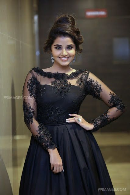 Anupama Parameswaran Beautiful HD Photoshoot Stills & Mobile Wallpapers HD (1080p) (35077) - Anupama Parameswaran