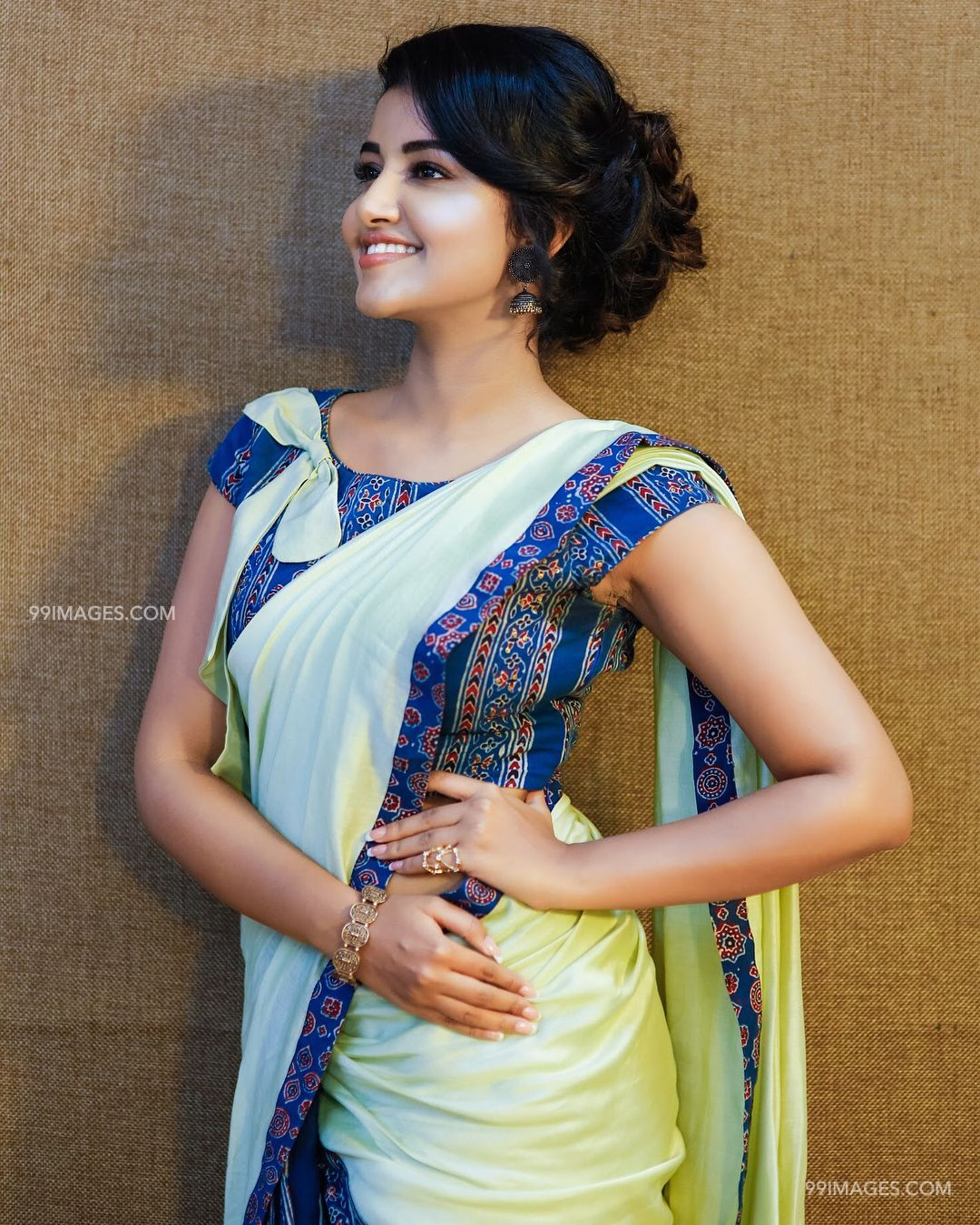 Anupama Parameswaran Beautiful HD Photoshoot Stills & Mobile Wallpapers HD, WhatsApp DP (1080p) (19116) - Anupama Parameswaran