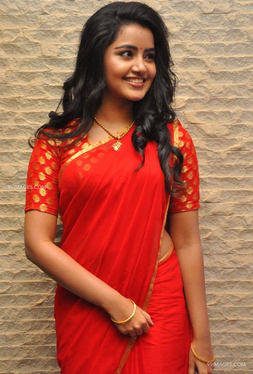 Anupama Parameswaran Hot HD Photos & Mobile Wallpapers (1080p) (4717) - Anupama Parameswaran