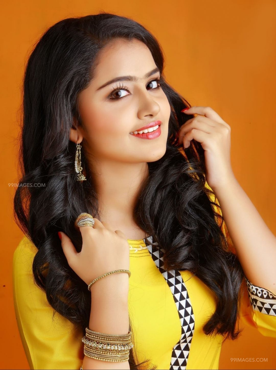 Anupama Parameswaran Hot HD Photos & Mobile Wallpapers (1080p) (4754) - Anupama Parameswaran