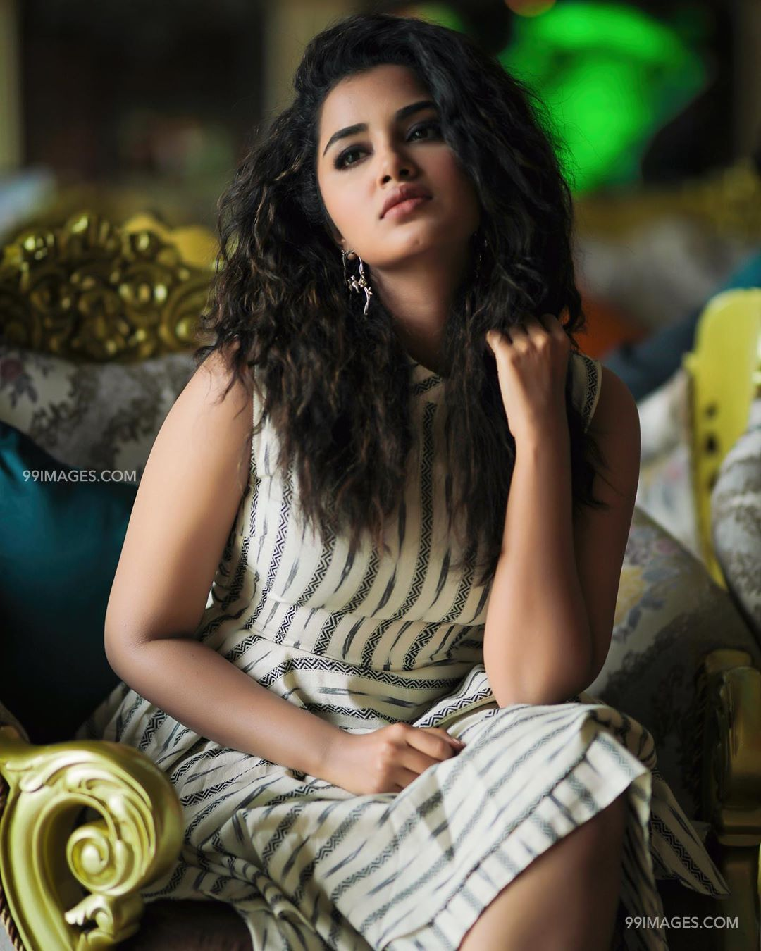 Anupama Parameswaran Latest Hot HD Photoshoot Stills & Mobile Wallpapers HD (1080p) (29915) - Anupama Parameswaran