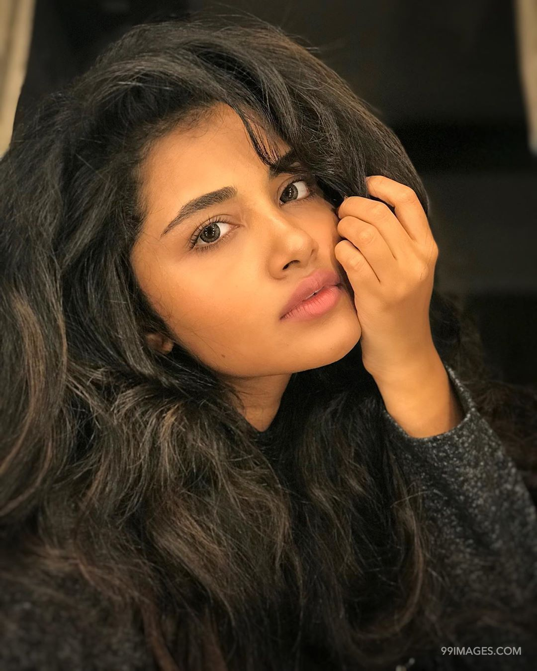 Anupama Parameswaran Latest Hot HD Photoshoot Stills & Mobile Wallpapers HD (1080p) (29929) - Anupama Parameswaran