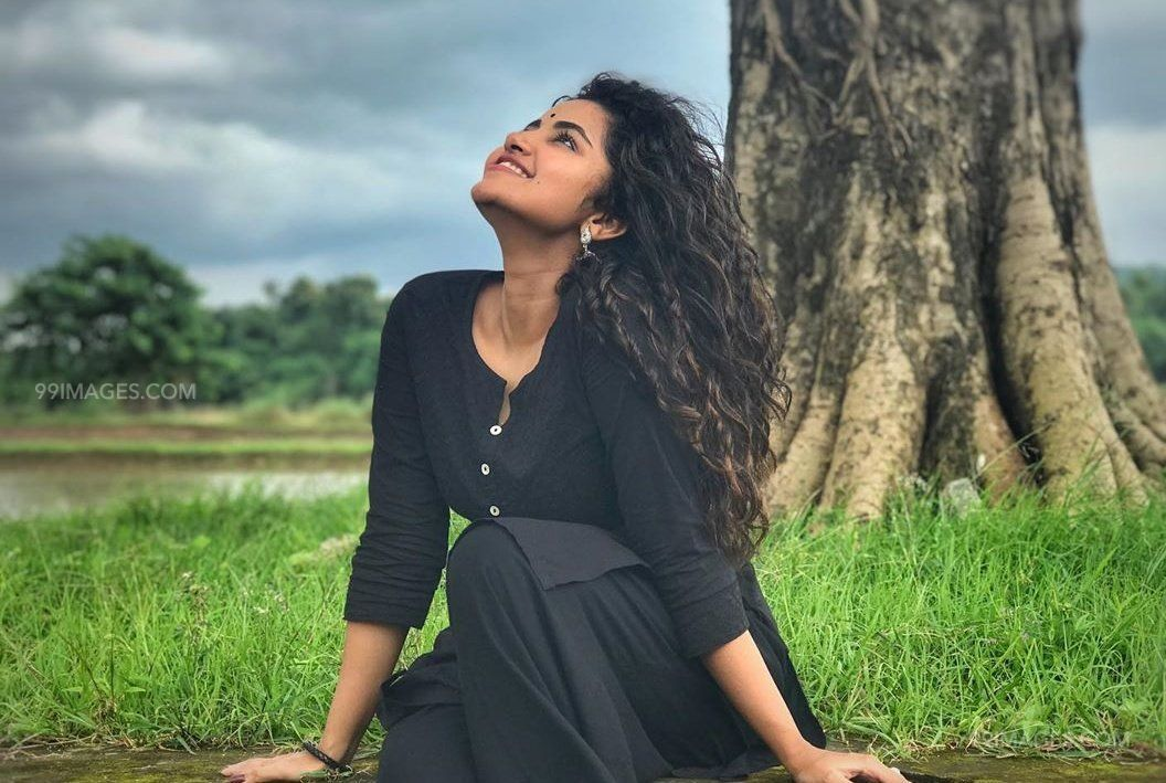 Anupama Parameswaran Latest Hot HD Photos/Wallpapers (1080p,4k) (40747) - Anupama Parameswaran