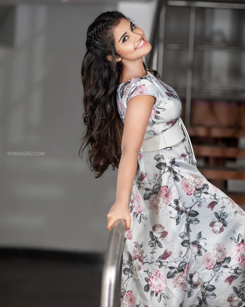 Anupama Parameswaran Latest Hot HD Photos/Wallpapers (1080p,4k) (40742) - Anupama Parameswaran