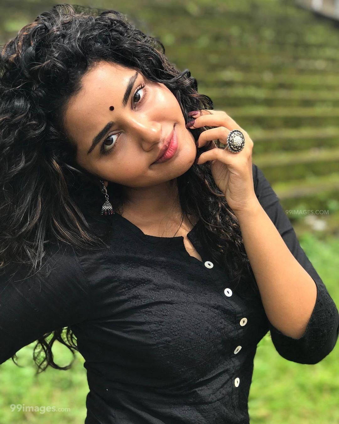 Anupama Parameswaran Latest Hot HD Photos/Wallpapers (1080p,4k) (295630) - Anupama Parameswaran