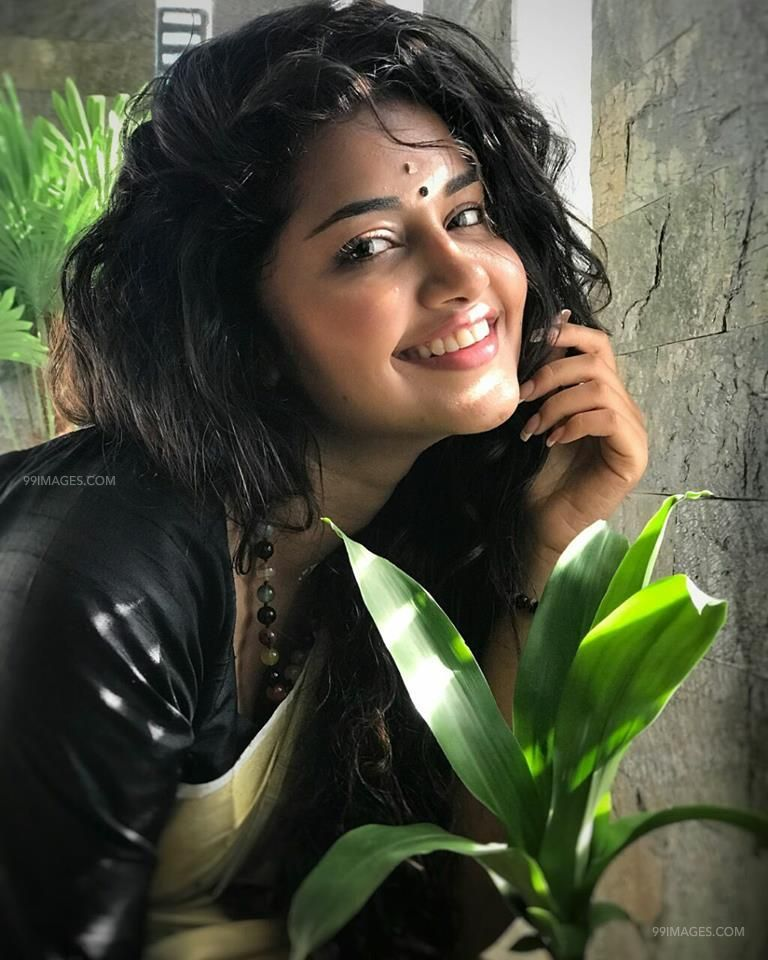 Anupama Parameswaran Latest Hot HD Photos/Wallpapers (1080p,4k) (40729) - Anupama Parameswaran