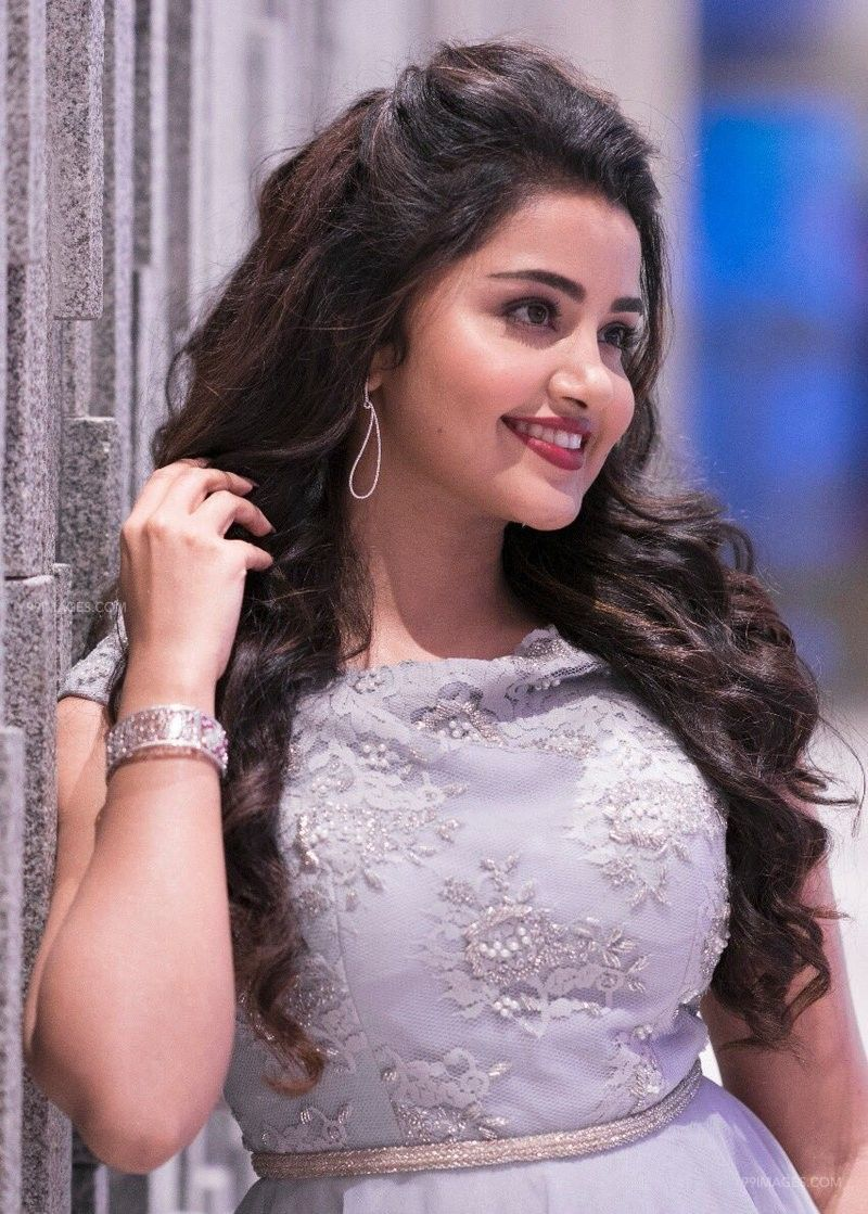 Anupama Parameswaran Latest Hot HD Photos/Wallpapers (1080p,4k) (40702) - Anupama Parameswaran
