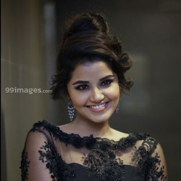 Anupama Parameswaran Beautiful HD Photoshoot Stills & Mobile Wallpapers HD (1080p)
