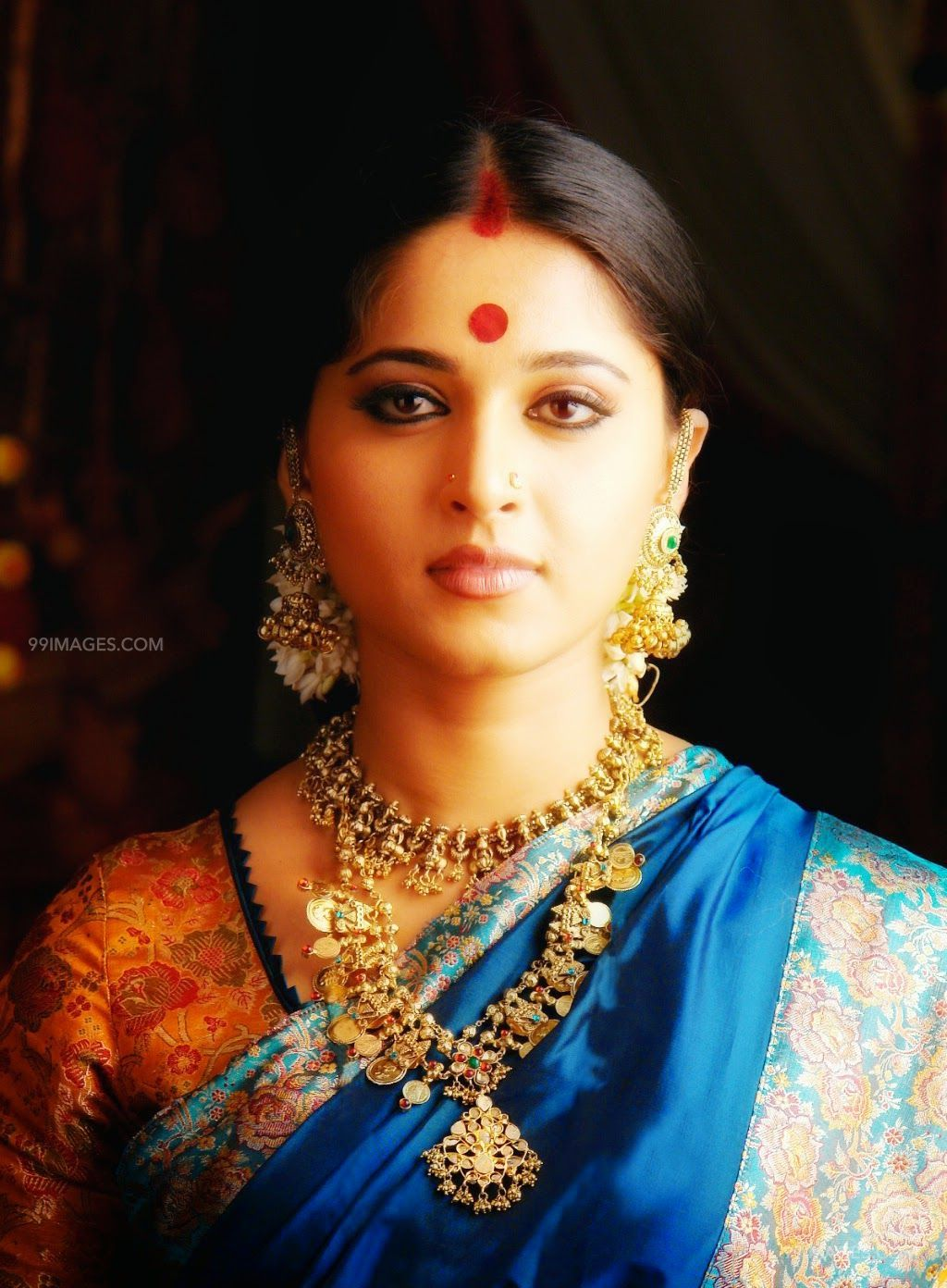 Anushka Shetty Beautiful HD Photoshoot Stills (1080p) (45858) - Anushka Shetty