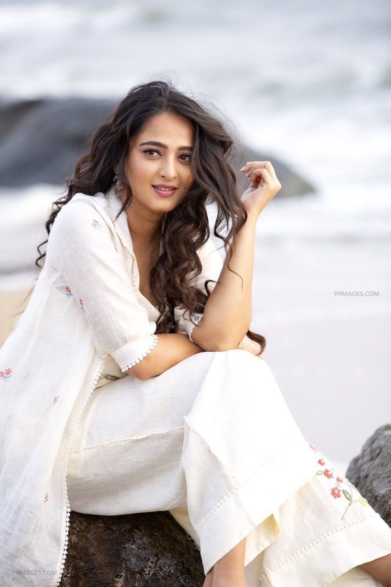 Anushka Shetty Beautiful HD Photoshoot Stills (1080p) (45866) - Anushka Shetty