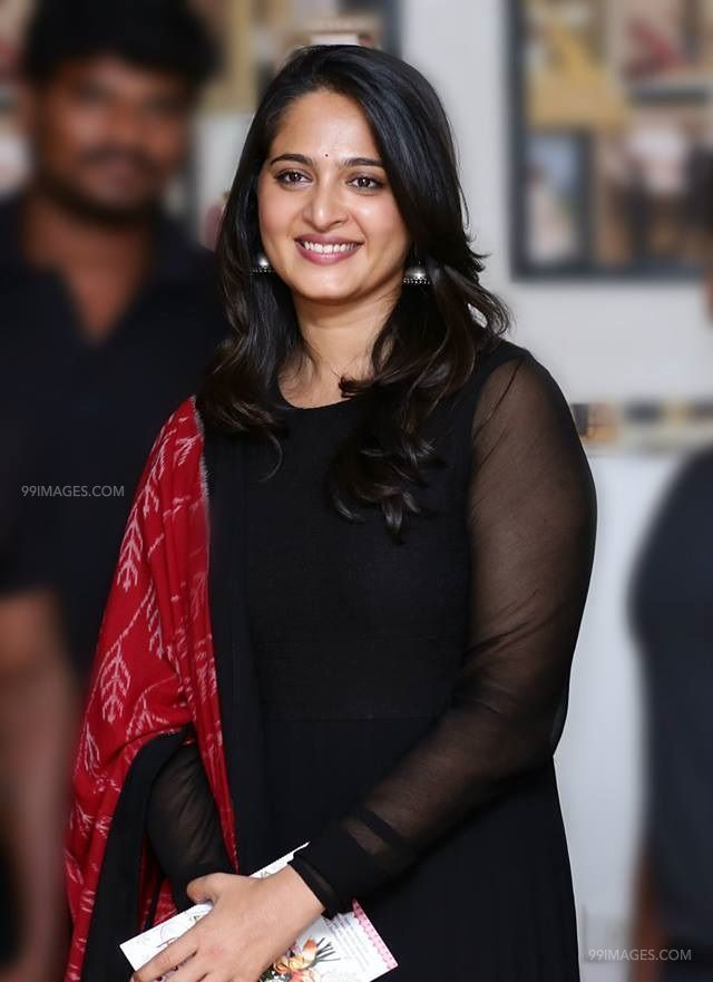 Anushka Shetty Beautiful HD Photoshoot Stills (1080p) (43618) - Anushka Shetty